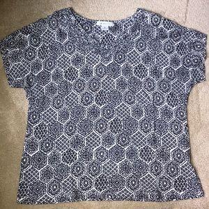 Liz Claiborne T-shirt